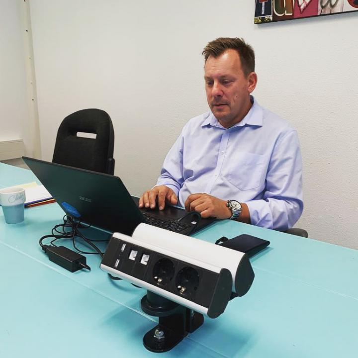 Marco van Barneveld huurt een kantoor bij Webshoplocatie